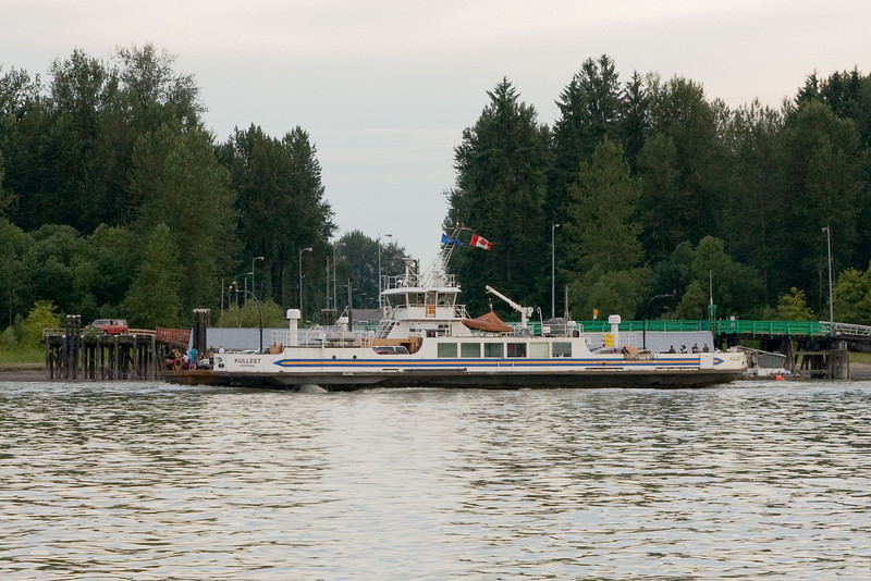 When in Langley BC or Maple Ridge BC, you need to take a smally ferry like this or drive a ways out of your way to get across the river. I took this photo while we where on the other ferry.