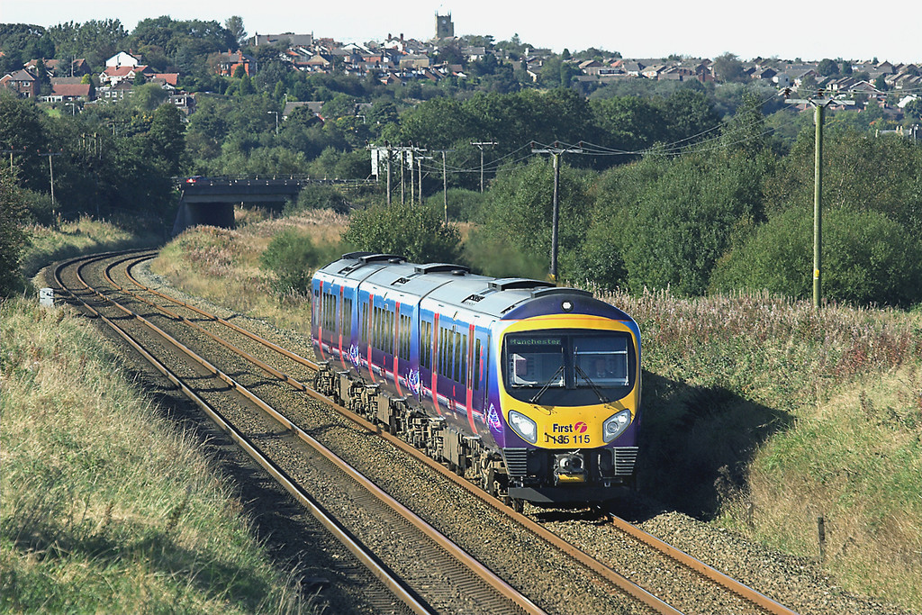 185115 Horwich Parkway 5/10/2008<br /> 1H70 1302 Blackpool North-Manchester Piccadilly