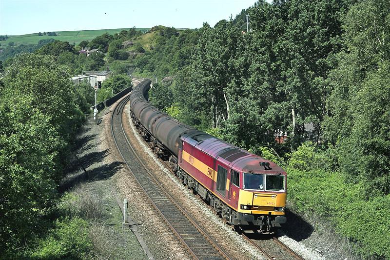 60023 Horsfall Tunnel 9/6/2008<br /> 6E32 0854 Preston Docks-Lindsey OR