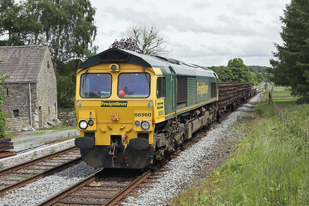 66560 Wennington 16/6/2008<br /> 6Y01 1230 Horrocksford Junction-Basford Hall