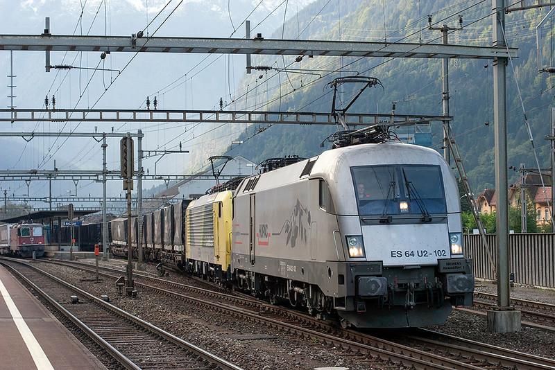 182602 and 189993, Erstfeld 18/9/2008