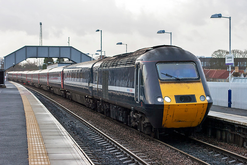 43296 and 43307, Dalmeny 18/12/2008<br /> 1S03 0710 Leeds-Aberdeen