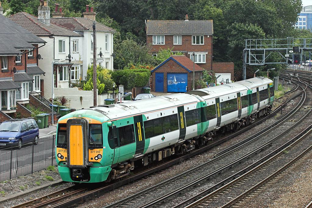 377312 Southampton 20/8/2008<br /> 1N15 1033 Brighton-Southampton Central