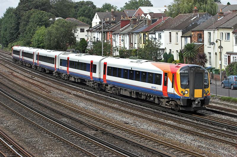 444011 Southampton 20/8/2008<br /> 2B44 1150 Poole-London Waterloo