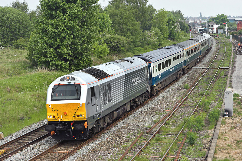 67014 and 67013, Croes Newydd 22/5/2008<br /> 1P13 1110 Wrexham General-London Marylebone