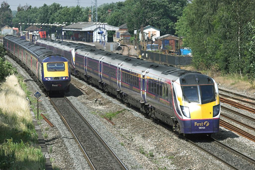 180104 and 180102, West Drayton 24/7/2008<br /> 1P35 1031 Oxford-London Paddington