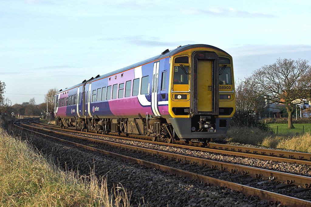 158903 Gregson Lane 24/11/2008<br /> 1B21 0829 Blackpool North-York