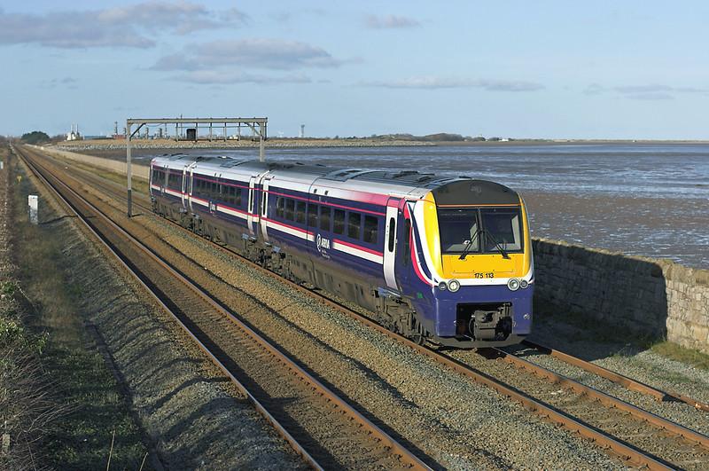 175113 Ffynnongroyw 25/11/2008<br /> 1V57 1030 Holyhead-Cardiff Central