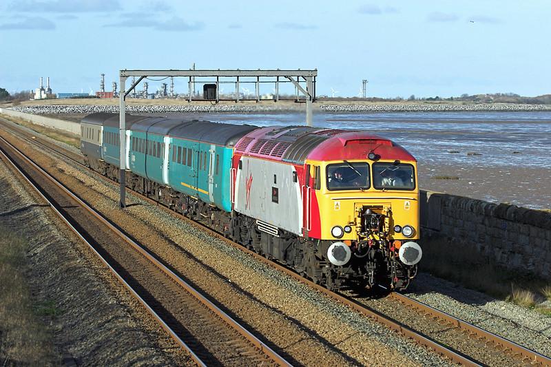 57305 Ffynongroyw 25/11/2008<br /> 5Z58 1054 Holyhead-Crewe