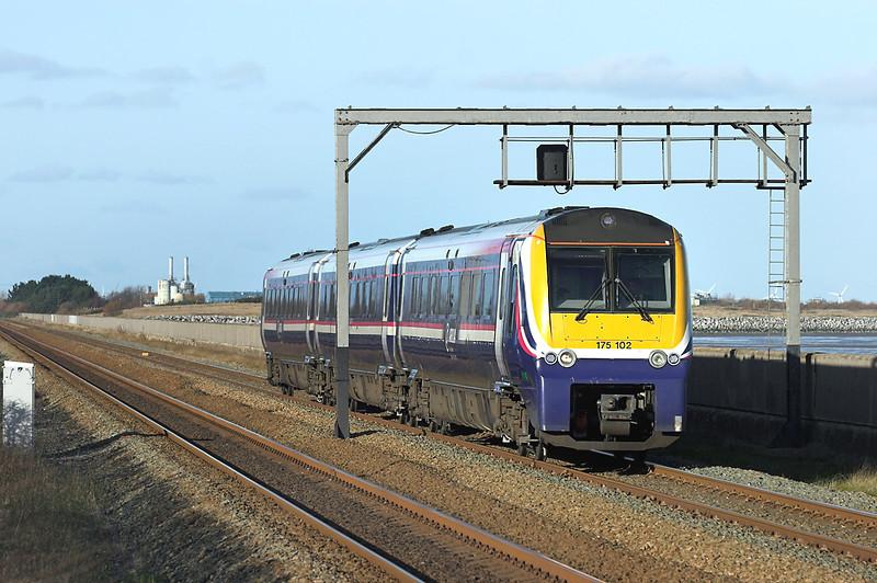 175102 Ffynnongroyw 25/11/2008<br /> 1H86 1044 Llandudno-Manchester Piccadilly