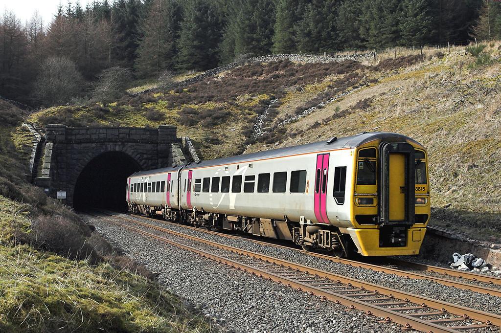 158815 Denthead 29/3/2008<br /> 2H10 0849 Leeds-Carlisle
