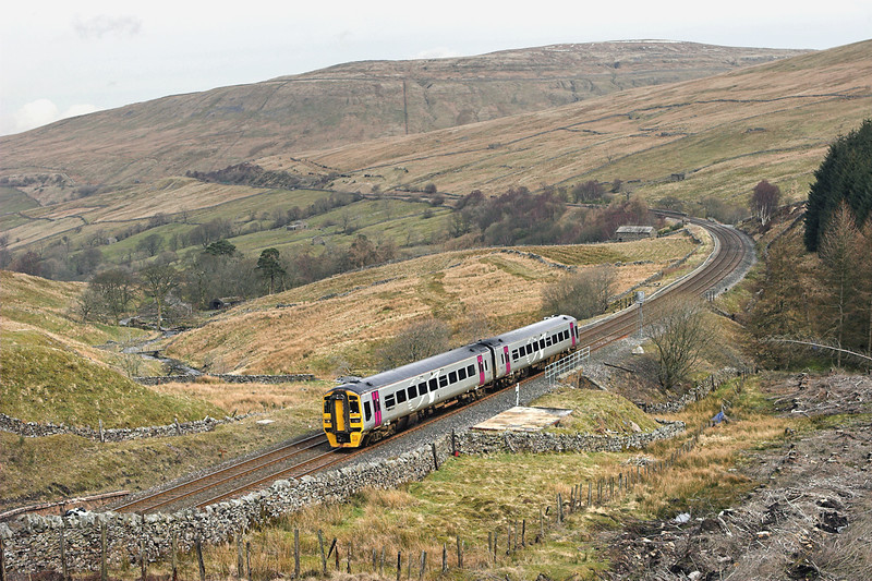 158871 Denthead 29/3/2008<br /> 2H85 0928 Carlisle-Leeds