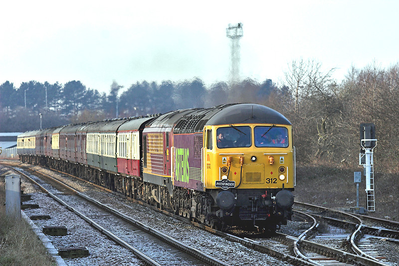 56312 and 67022, Bamber Bridge 29/12/2008<br /> 1Z37 0712 Derby-Carlisle