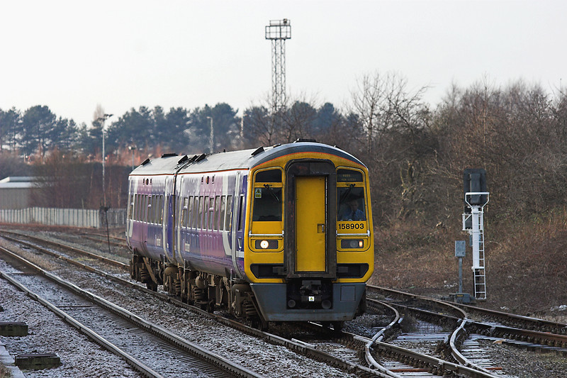 158903 Bamber Bridge 29/12/2008<br /> 1B25 1029 Blackpool North-York