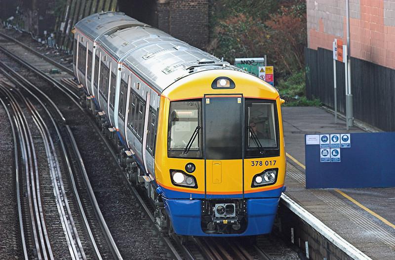 378017 Caledonian Road & Barnsbury 1/12/2009<br /> 2N35 0952 Stratford-Richmond