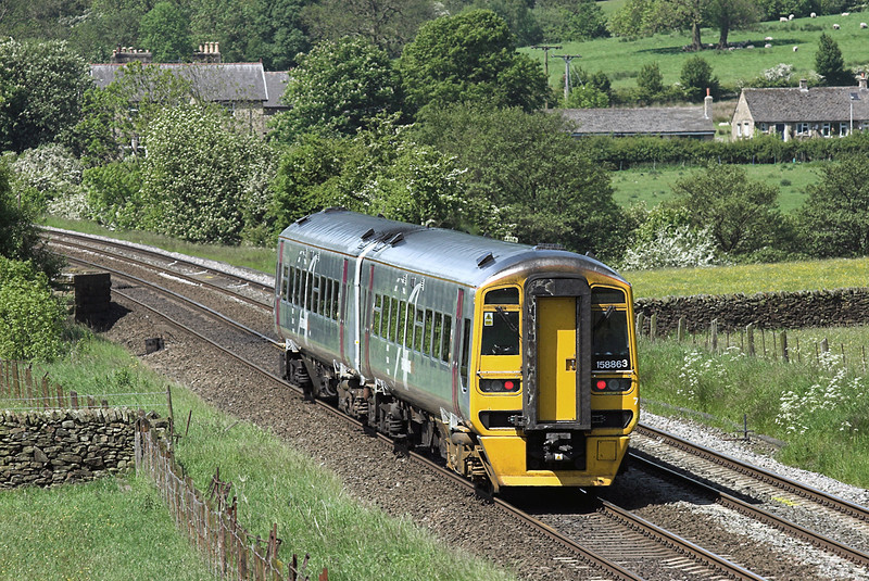 158863 Edale 2/6/2009<br /> 1R66 0652 Norwich-Liverpool Lime Street