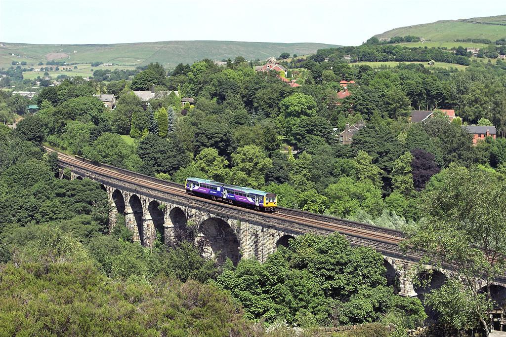 142049 Saddleworth Viaduct 2/7/2009<br /> 2M73 1430 Huddersfield-Manchester Victoria