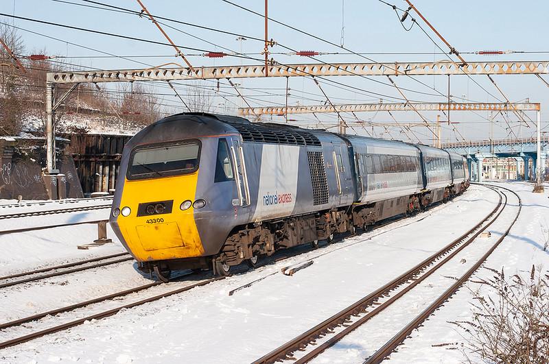 43300 Harringay 3/2/2009<br /> 1A15 0728 Harrogate-London Kings Cross