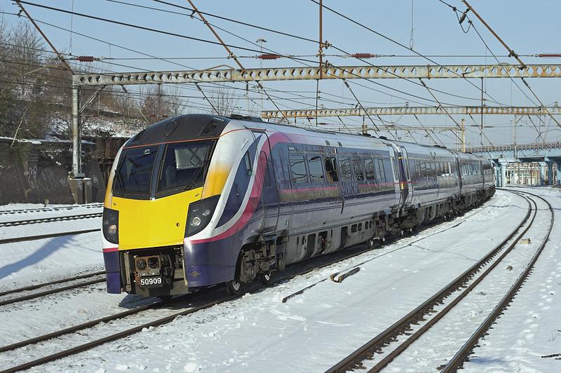 180109 Harringay 3/2/2009<br /> 1A92 0812 Hull-London Kings Cross