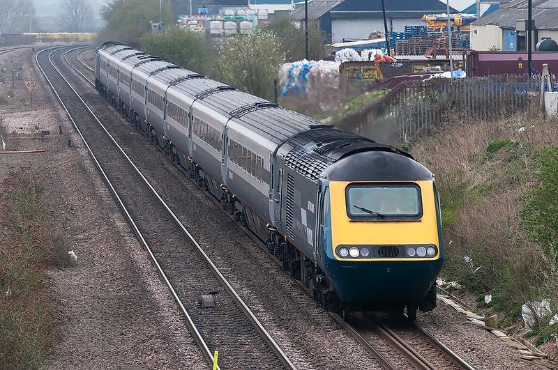 43075 and 43081, Wellingborough 3/4/2009<br /> 1D32 1215 London St Pancras-Nottingham