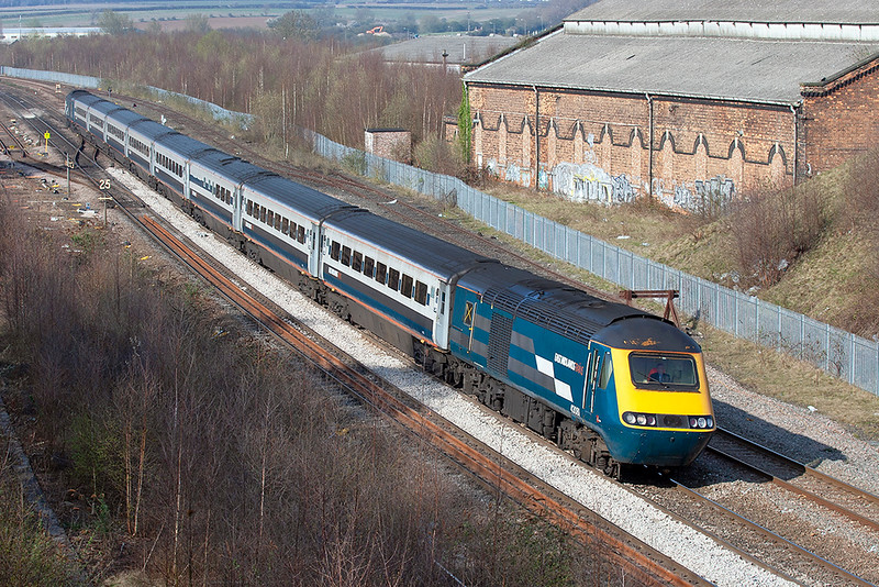 43081 and 43075, Wellingborough 3/4/2009<br /> 1P59 1626 Kettering-London St Pancras