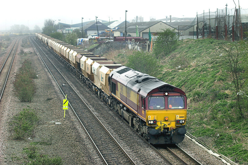 66164 Wellingborough 3/4/2009<br /> 6D31 0852 Radlett-Mountsorrel