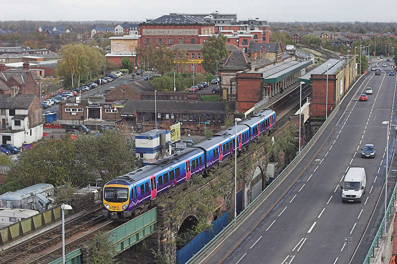 185142 Warrington Central 3/11/2009<br /> 1F64 0947 Scarborough-Liverpool Lime Street