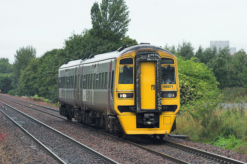158871 South Gyle 4/9/2009<br /> 2K07 0941 Edinburgh-Newcraighall (via Fife Circle, anti-clockwise)