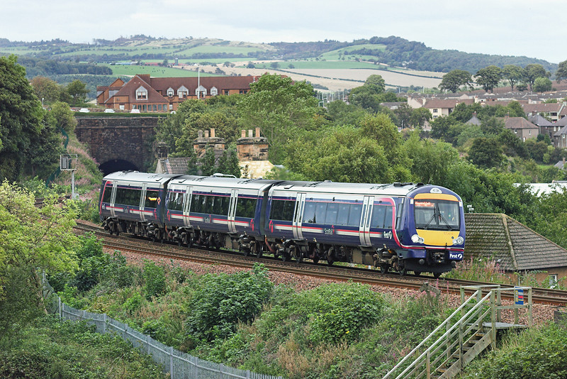 170456 Jamestown 4/9/2009<br /> 2K31 1608 Edinburgh-Newcraighall <br /> (via Fife Circle, anti-clockwise)