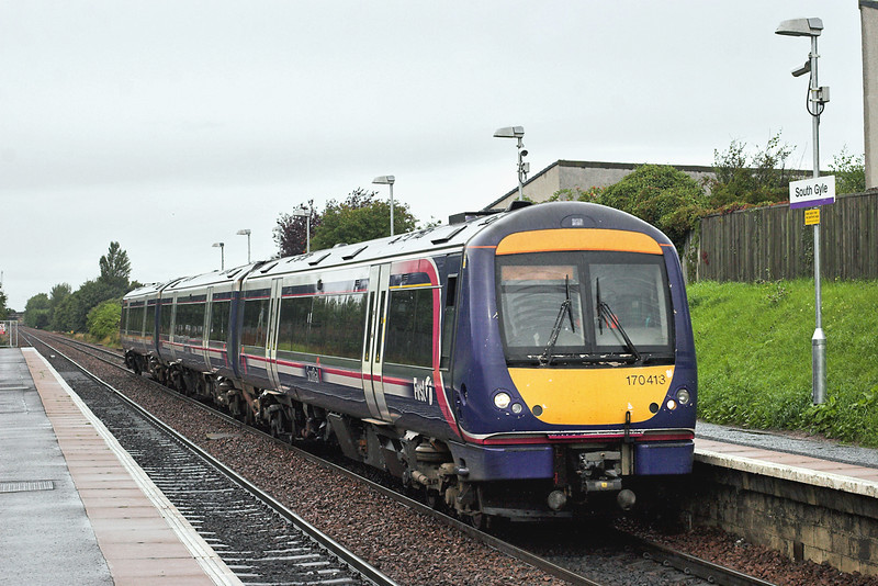 170413 South Gyle 4/9/2009<br /> 1B18 0907 Aberdeen-Edinburgh
