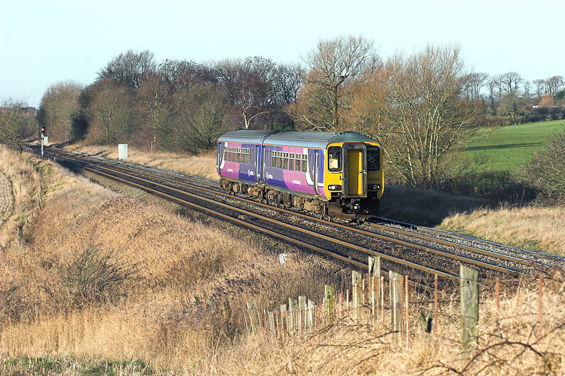 156470 Treales 5/1/2009<br /> 2F63 1037 Blackpool North-Liverpool Lime Street
