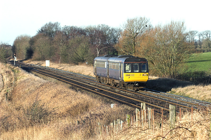 142067 Treales 5/1/2009<br /> 2J48 1020 Blackpool North-Manchester Victoria