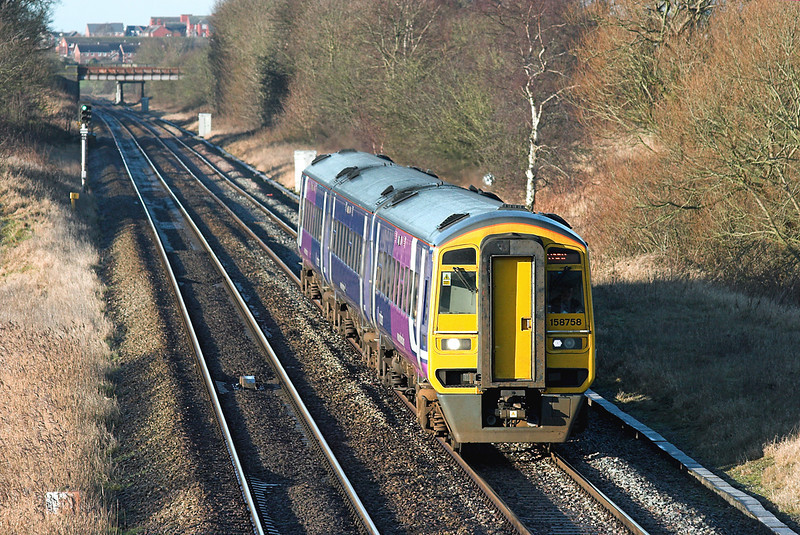158758 Treales 5/1/2009<br /> 1B25 1029 Blackpool North-York