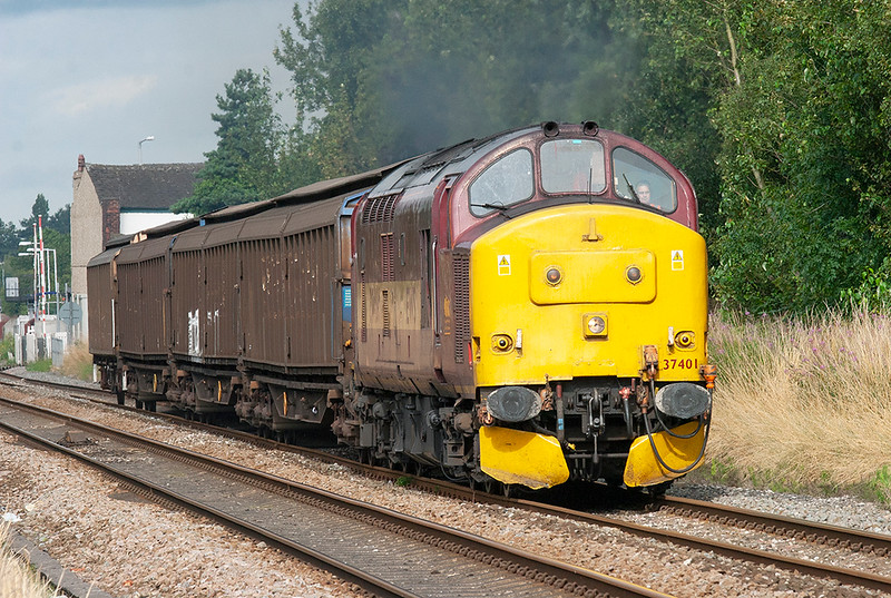37401 Bamber Bridge 5/8/2009<br /> 6N42 0838 Warrington Arpley-Blackburn
