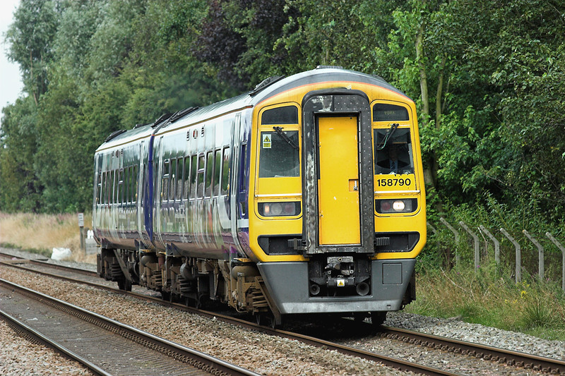 158790 Bamber Bridge 5/8/2009<br /> 1B21 0829 Blackpool North-York