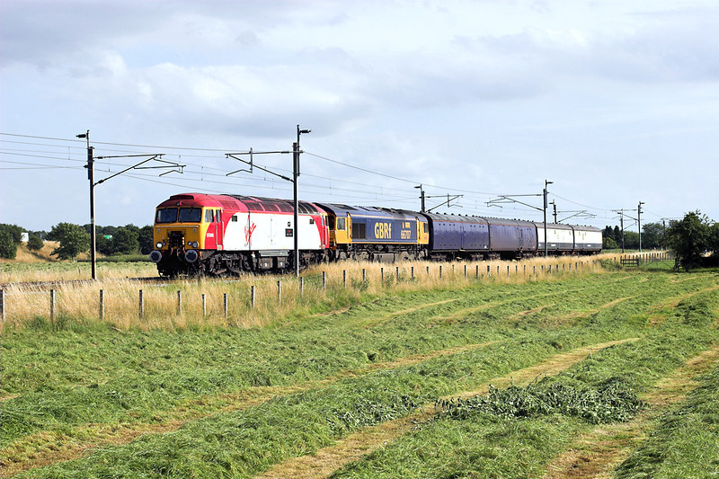 57305 and 66707, Brock 5/8/2009<br /> 5S57 1032 Old Oak Common-Polmadie TMD