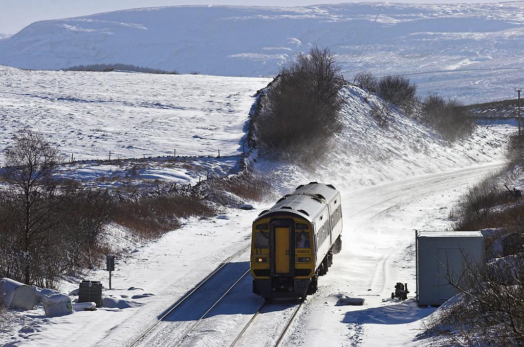 158853 Ais Gill 6/2/2009<br /> 1M53 0947 Leeds-Carlisle
