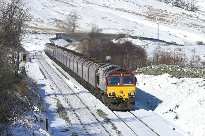 66171 Ais Gill 6/2/2009<br /> 6E96 2210 Hunterston-Drax PS