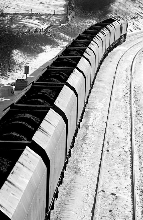 Coal train in the snow, Ais Gill 6/2/2009