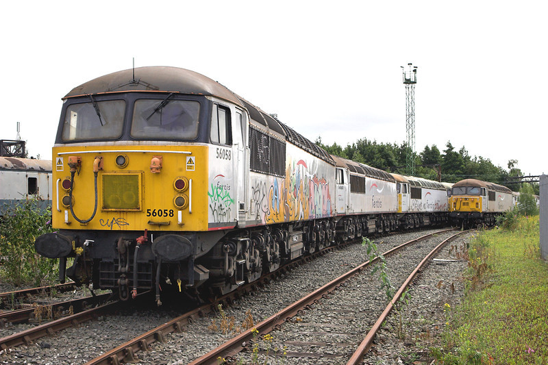 56058, 56060, 56090 and 56032, Crewe 11/7/2009