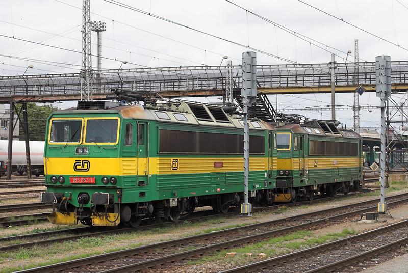 163063 and 163255, Hradéc Králové 12/9/2009