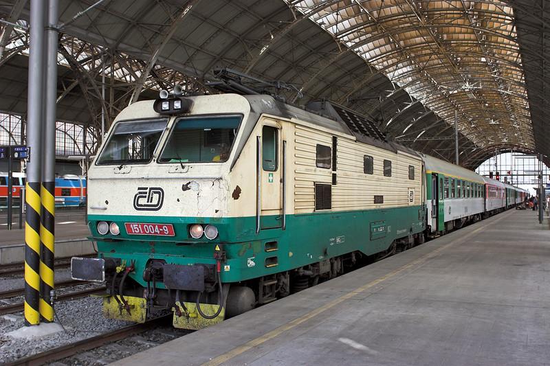 151004 Praha hl.n 12/9/2009
