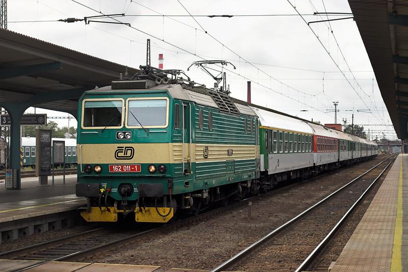 162011 Pardubice hl.n 12/9/2009<br /> R629 1240 Praha hl.n-Horní Ledeĉ
