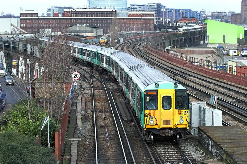 455821 and 455817, Wandsworth Road 13/2/2009<br /> 5N00 1008 London Victoria-London Bridge