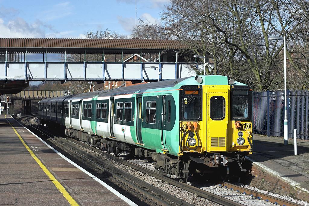 455835 Wandsworth Common 13/2/2009<br /> 2R54 1233 London Victoria-Sutton
