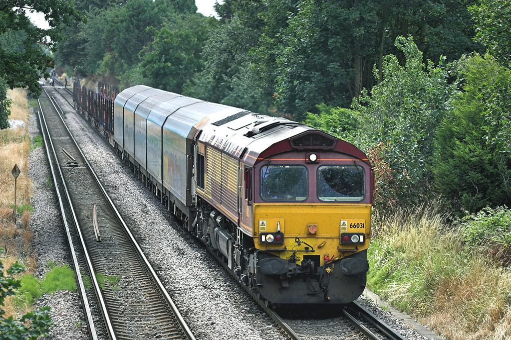 66031 Syon Lane 15/7/2009<br /> 6M44 1230 Eastleigh Yard-Wembley Yard