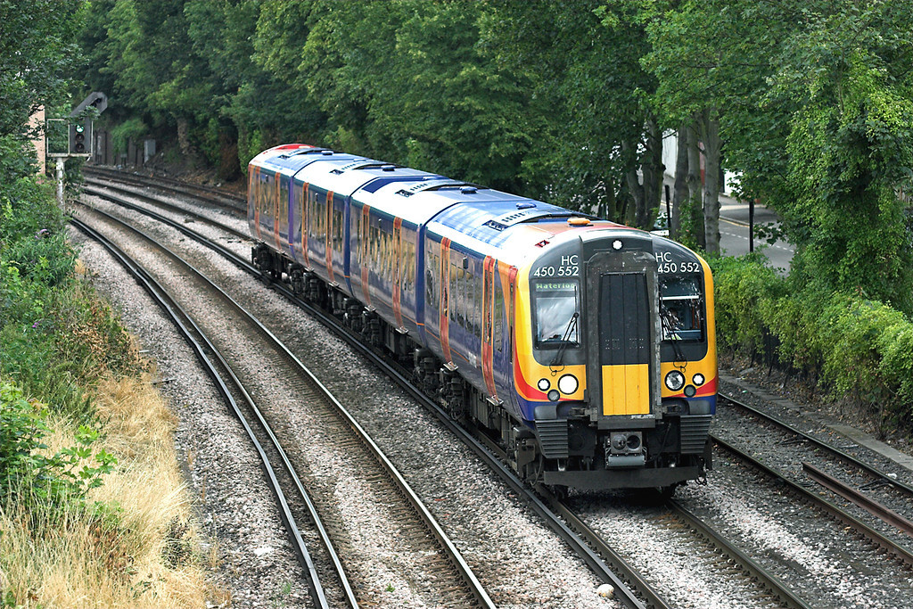 450552 New Kew Junction 15/7/2009<br /> 2R27 1145 London Waterloo-London Waterloo<br /> (via Richmond and Hounslow)