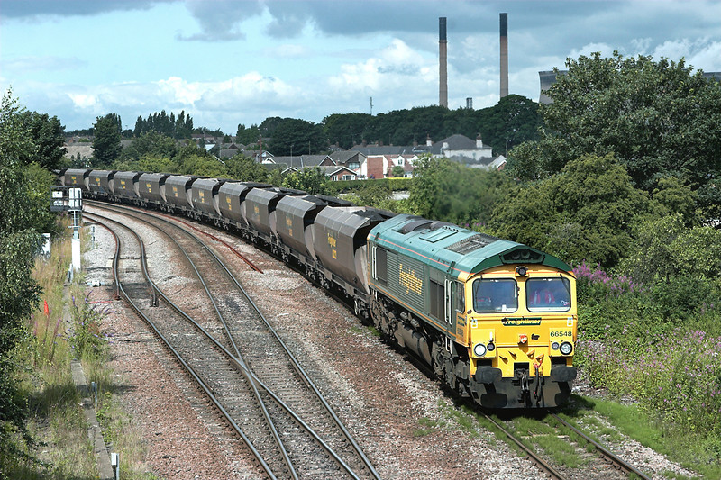 66548 Knottingley 20/7/2009<br /> 6Z49 0800 Hull King Georges Dock-Eggborough PS
