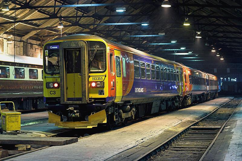 153355 and 158882, Crewe 21/3/2009