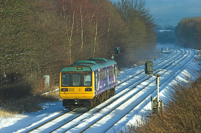 142033 Lea 22/12/2009<br /> 2N14 1344 Blackpool South-Colne